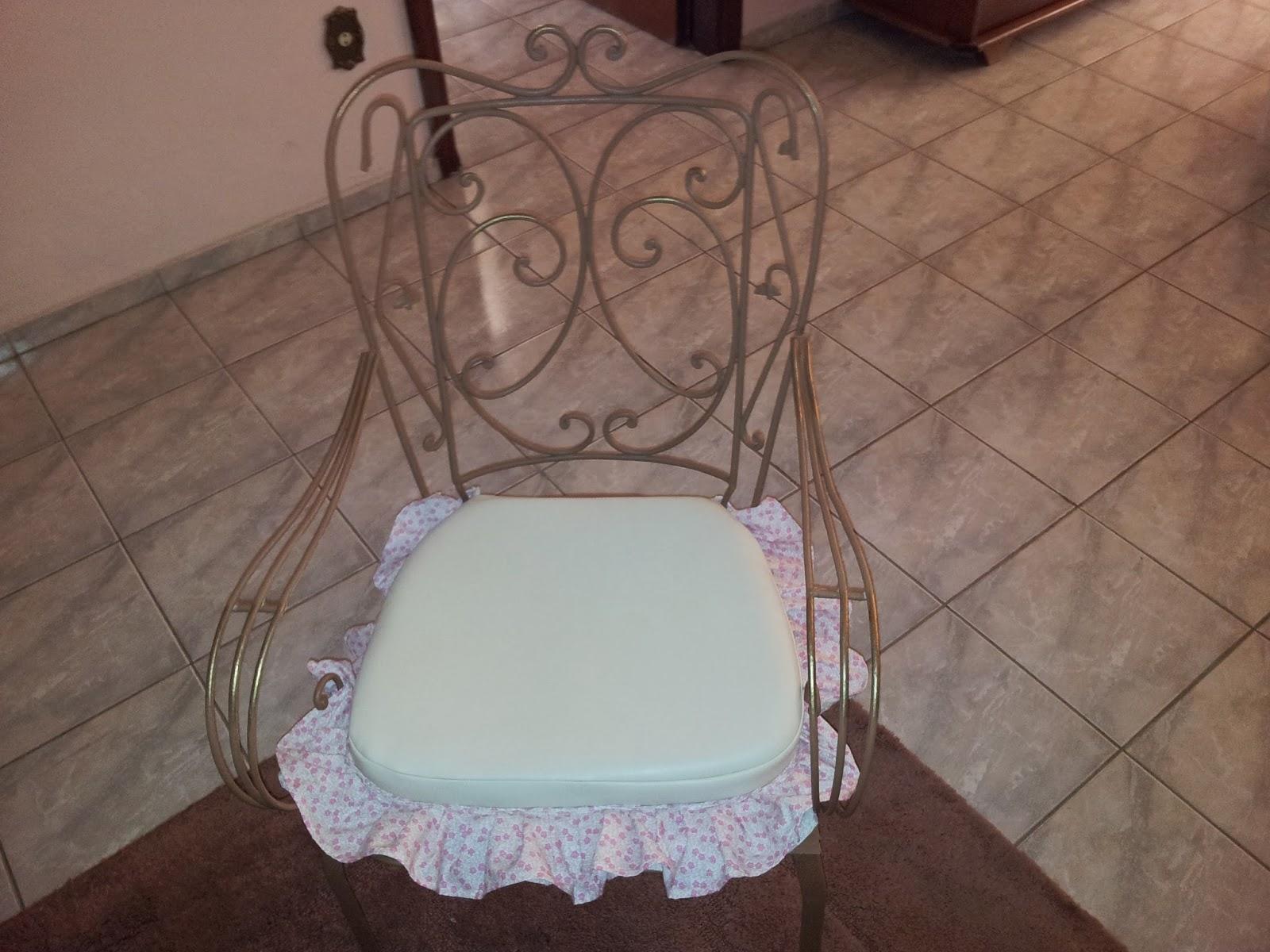 Restauração de Cadeira antiga de ferro #805B4B 1600x1200