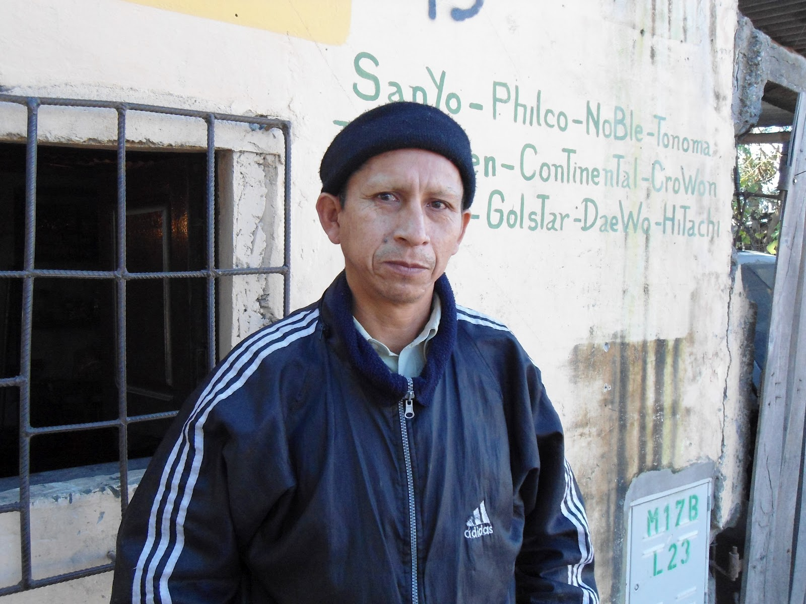 http://3.bp.blogspot.com/-8loJZIausAg/UK9oBRa4yII/AAAAAAAAPRI/7AR5XDMd5GU/s1600/Jose+Armella+(1).JPG