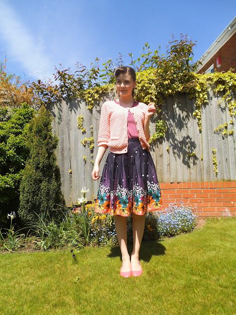 summer rockabilly outfit style via lovebirds vintage