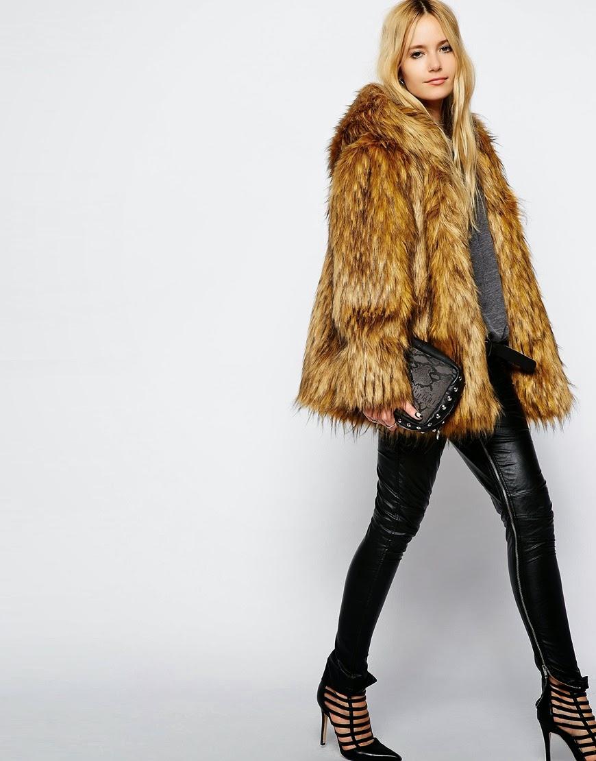 story of lola fur coat