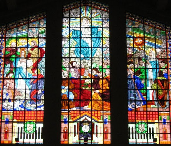 Stained-glass window of Sto. Domingo Church