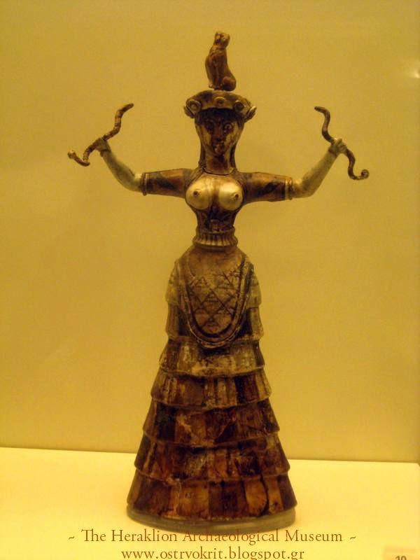 Zmijska boginja ili svestenica u ritualu