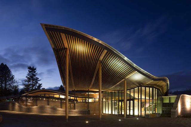 10-VanDusen-Botanical-Garden-visitantes-Centre-por-Perkins-Will