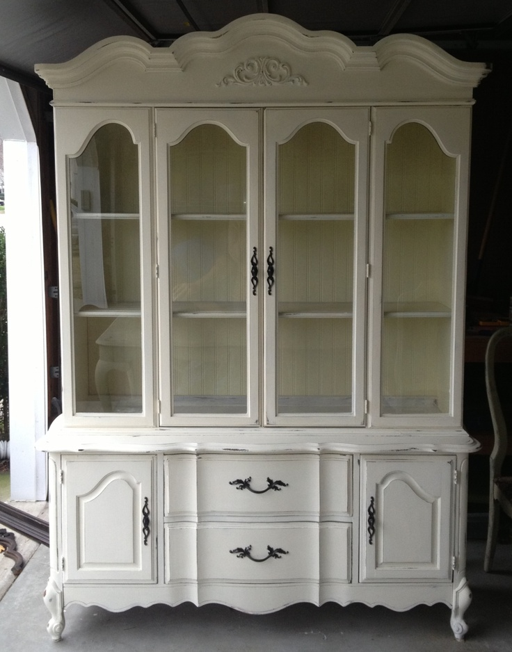 Craigslist N Ms >> Newlywed Nesters: Annie Sloan Chalk Paint China Cabinet ...
