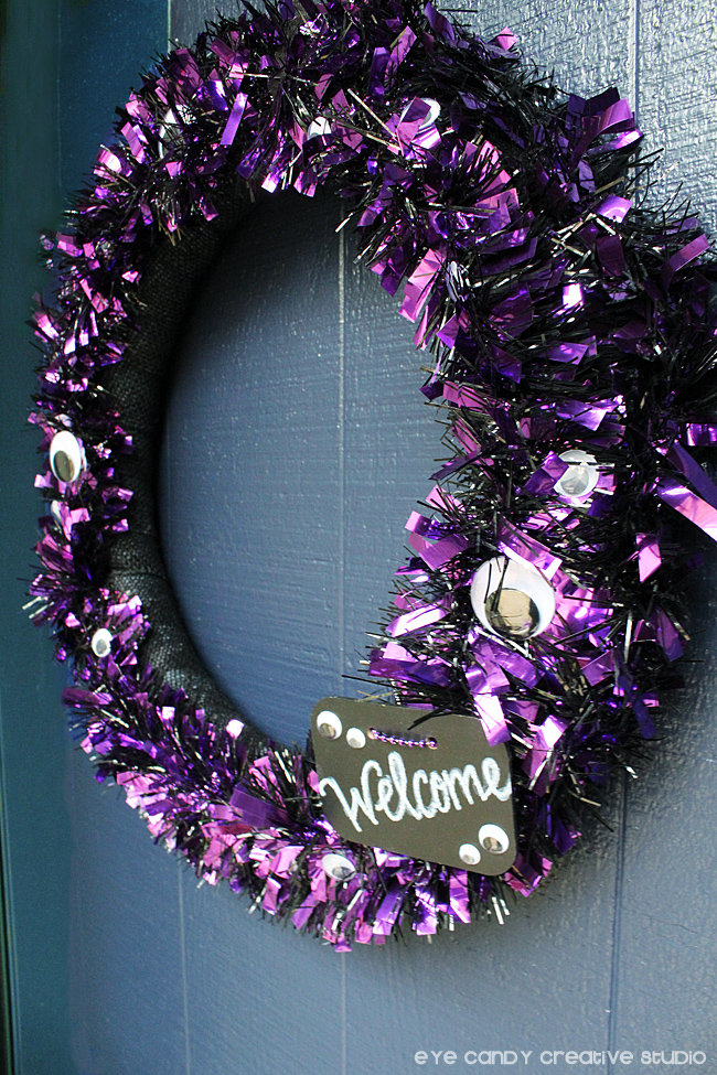 halloween crafting, how to make a halloween wreath, welcome sign