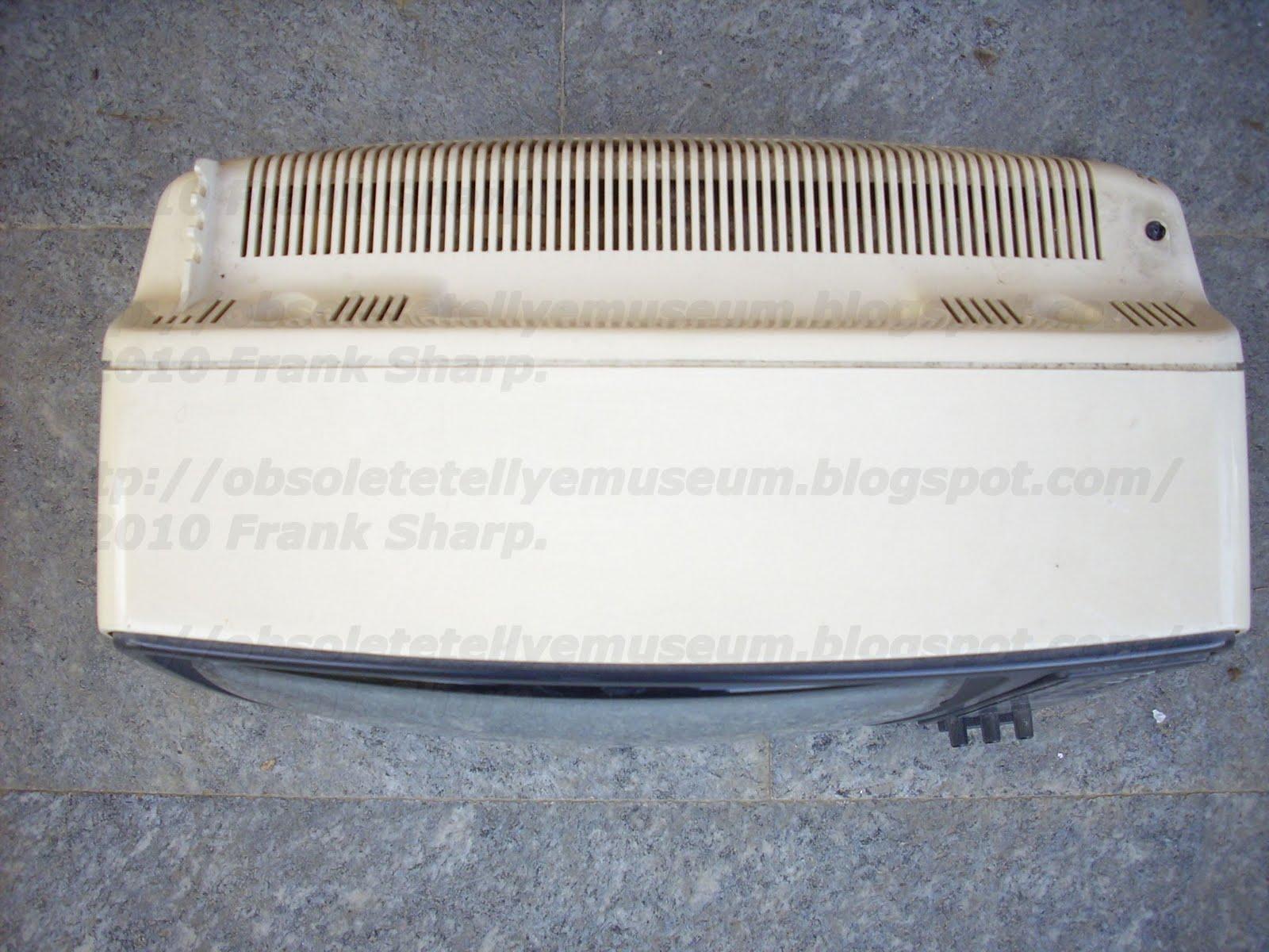 Obsolete Technology Tellye !: GRUNDIG TRIUMPH 1220 IT YEAR 1978.