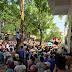 Hình ảnh & Video về vụ Dân mang quan tài vây kín trụ sở Công an TP. Móng Cái