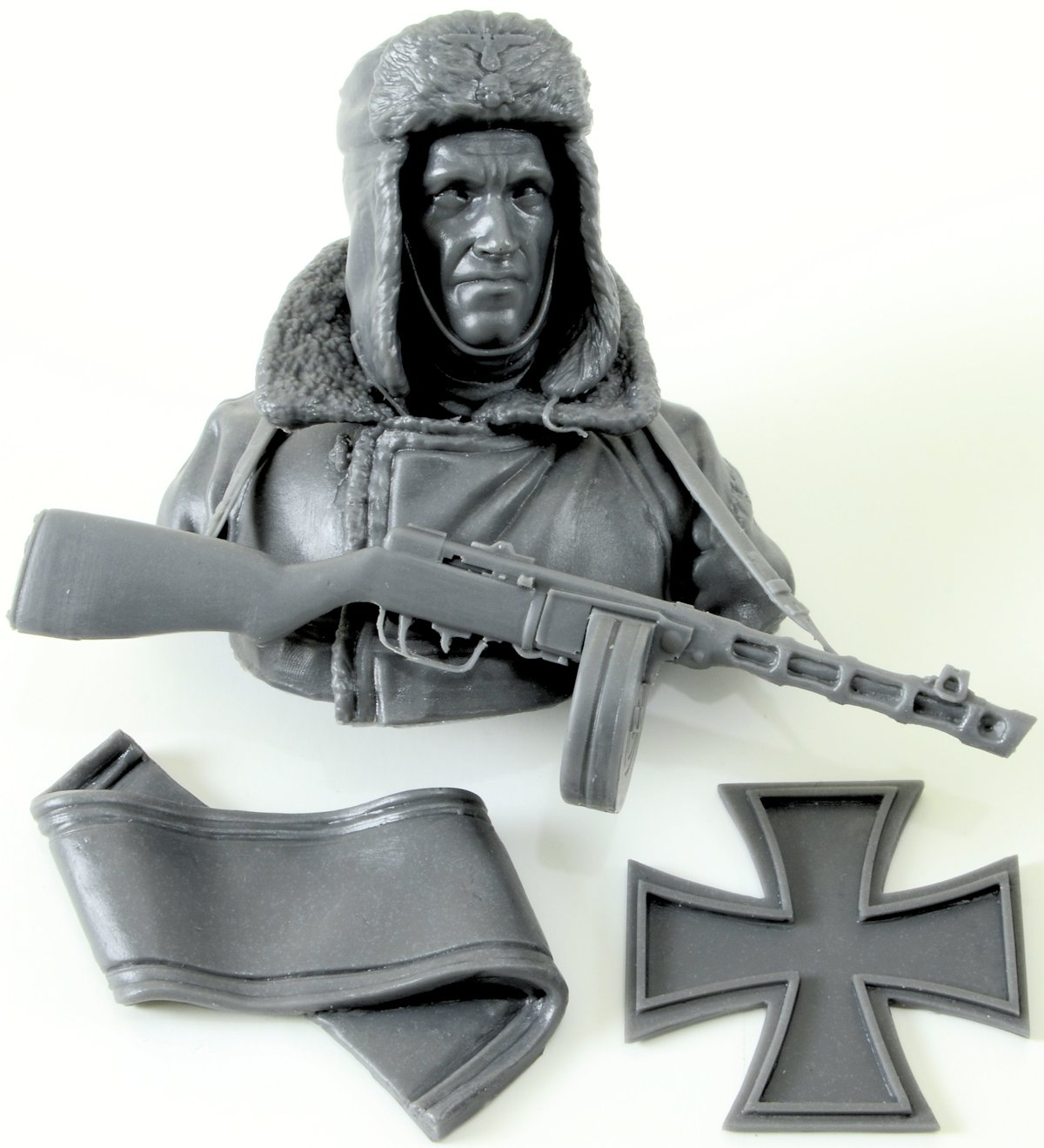 "Review: Pathos Miniatures ""Budapest 1945 SS Totenkopf Division"" bust"