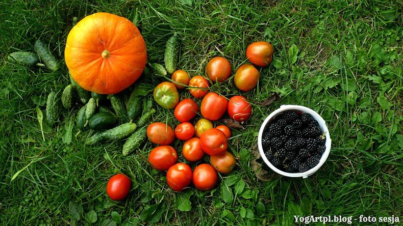 Flat lay, polskie owoce i warzywa!