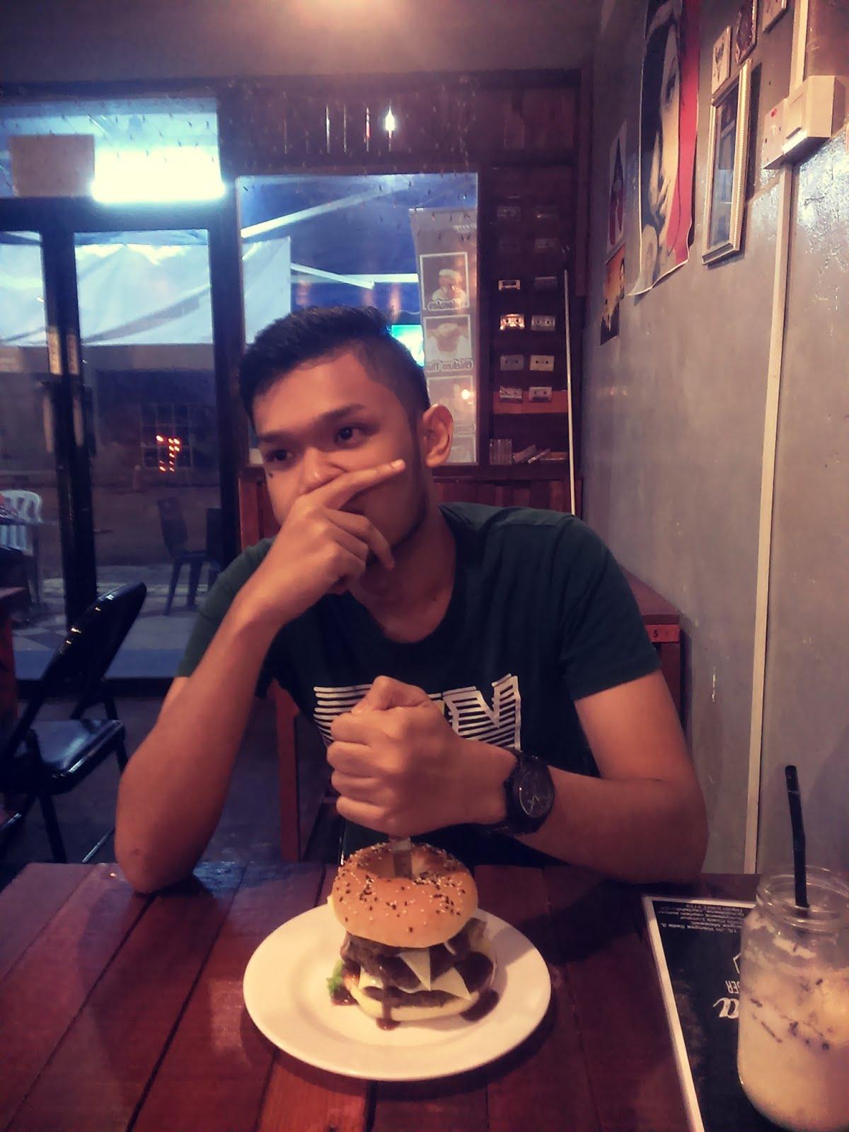 Roydeena Captain Burger - Wangsa Melawati, Kuala Lumpur