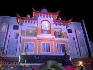 Perbedaan Vihara (buddha) dan Kelenteng (Kong Hu Chu) IMG-20130602-00195