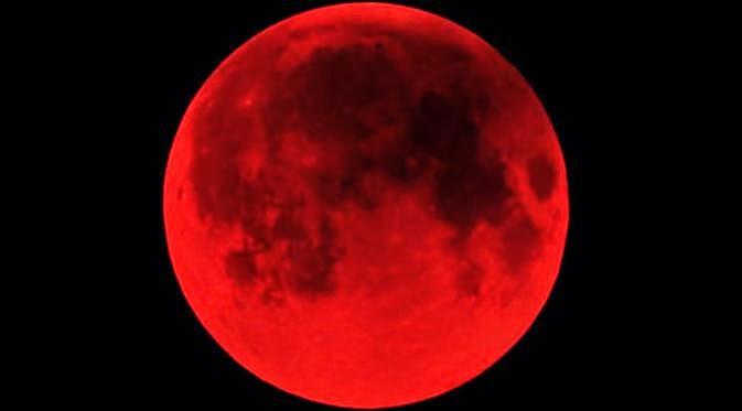 Benarkah Mitos Tentang Gerhana Bulan Merah Darah