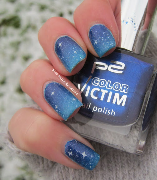Night Sky -Nail art - Rimmel Peppermint - P2 so Cool! - Nice nails by Astrid - blue gradient