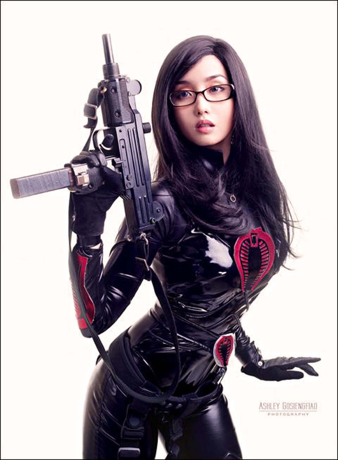 http://3.bp.blogspot.com/-8oFRNZeIzUo/T_u43K7p_iI/AAAAAAAAGVY/NRTIGo4ehxI/s1600/alodia+sexy+cosplay+baroness+GI+Joe+2+g.i.joe+retaliation+movie+comic+con+san+diego+2012+2013+007+poster+actress.jpg