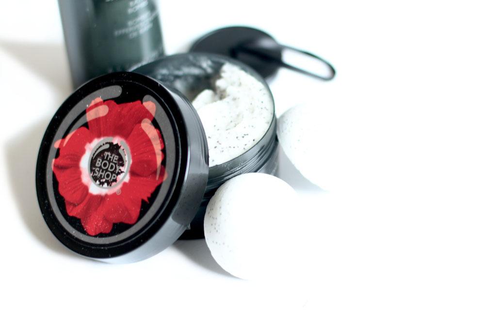 the body shop smoky poppy avis test