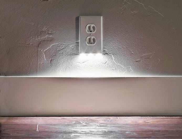 15 coolest outlet wall plates snaprays guidelight mozeypictures Gallery