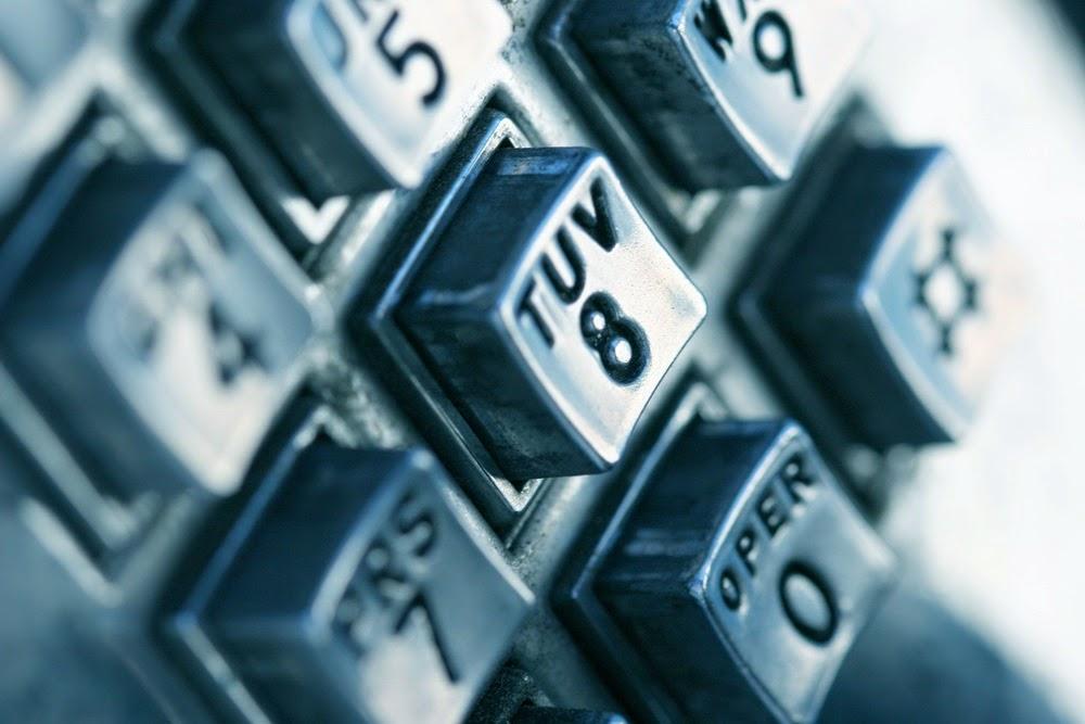 Você sabe para que servem as letras nas teclas dos orelhões?