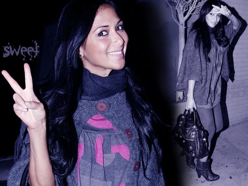 http://3.bp.blogspot.com/-8op05iv8kS0/TcVCuT-IQFI/AAAAAAAAA2o/zW4aIRK4lW4/s1600/Nicole+Scherzinger--.jpg