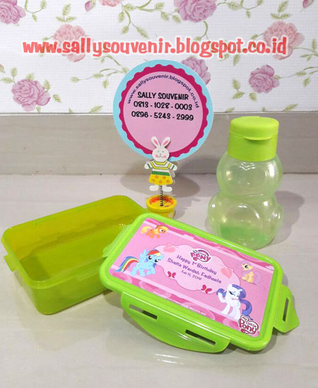 Lunch Box + Botol A2