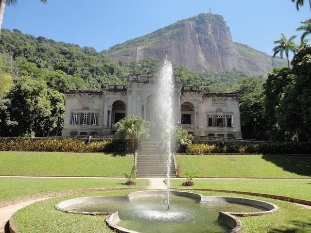 Charme e história no parque Lage no Rio de Janeiro