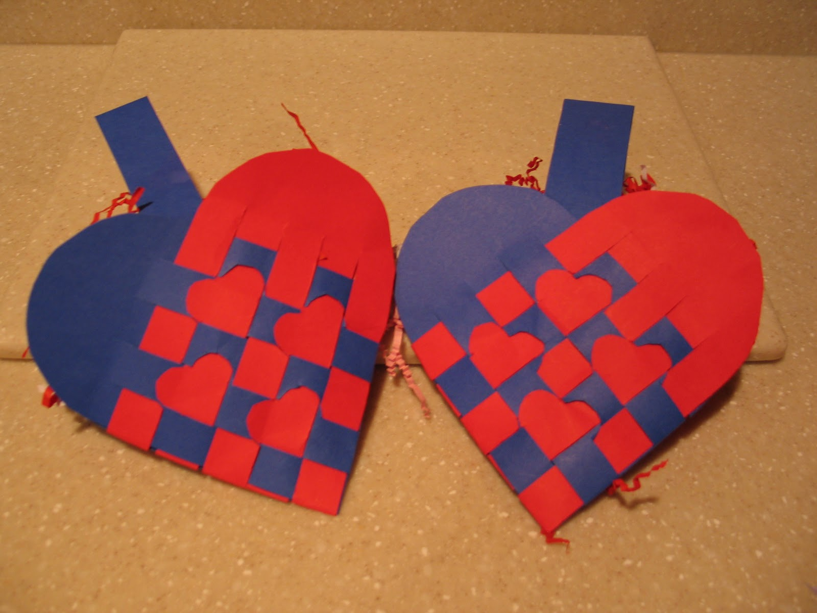 How To Make A Woven Heart Basket : Kavitha s craft projects woven heart basket for