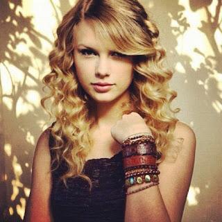 Taylor-Swift-Haunted-Miss-Purple-Life