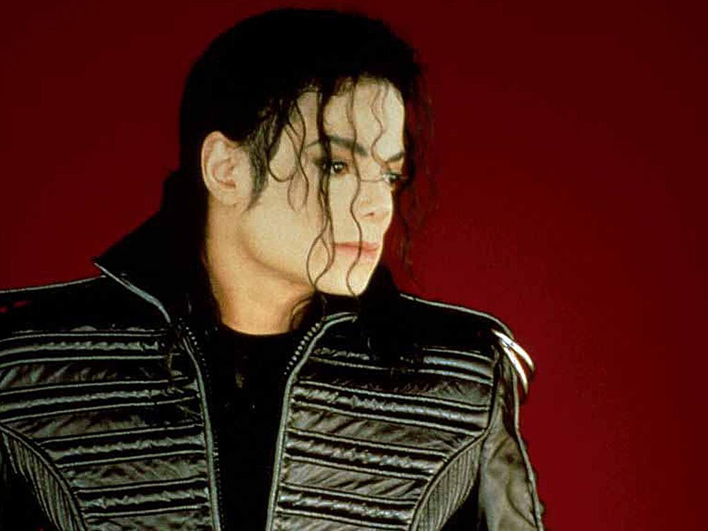 http://3.bp.blogspot.com/-8pHa0lfQZb0/UJtFFEBeE3I/AAAAAAAAAsA/6XNLz1axZQE/s1600/michael_jackson_2-normal.jpg