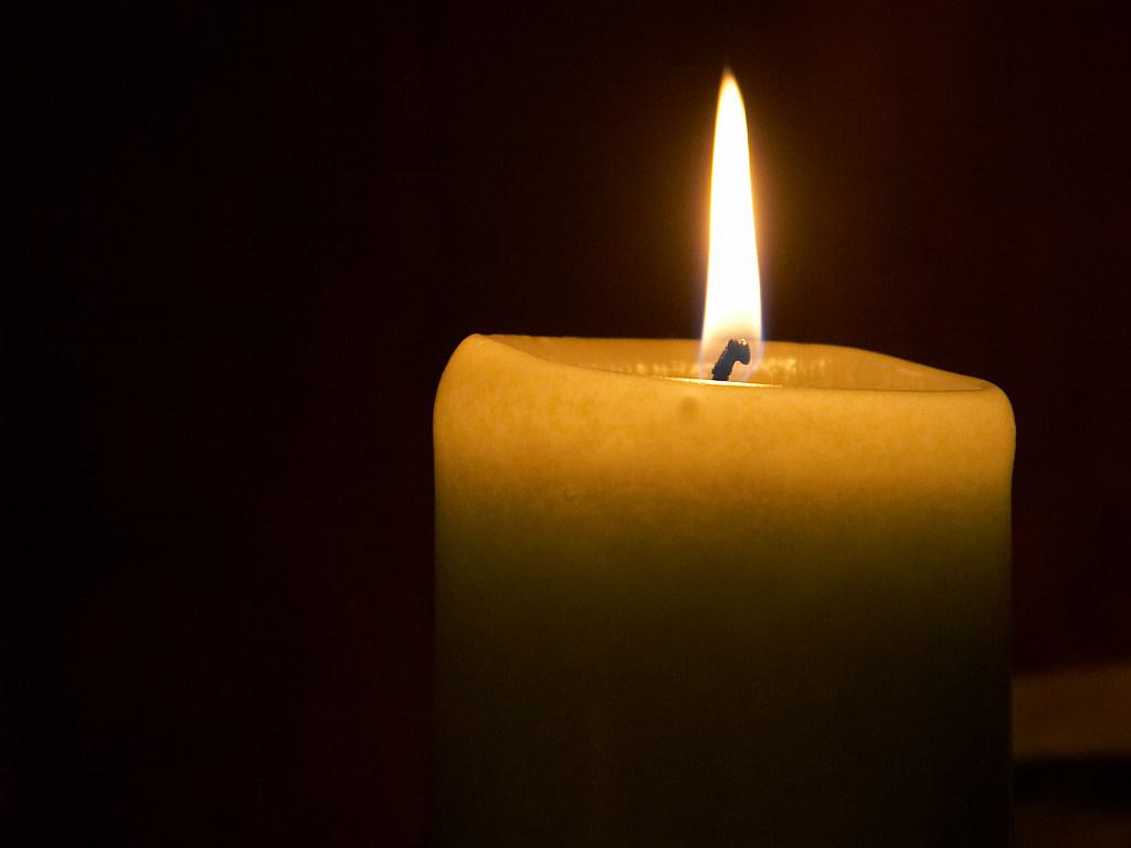 http://3.bp.blogspot.com/-8pScWQLuDHw/TbhshlbynQI/AAAAAAAASgs/MAE_xJb5xdI/s1600/candle+flame.jpg