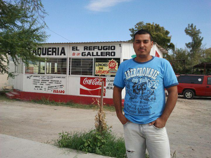 En el Refujio de un Gallero Monclova Coahuila