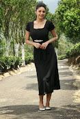 Sanam Shetty Glamorous Photos-thumbnail-10