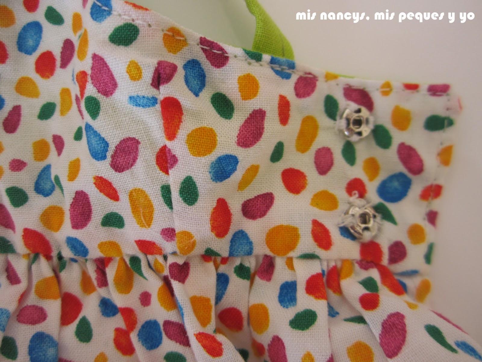 mis nancys, mis peques y yo, vestidos primavera para nancy de anilegra, detalle pinzas del costado