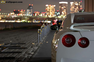 White Nissan Backside