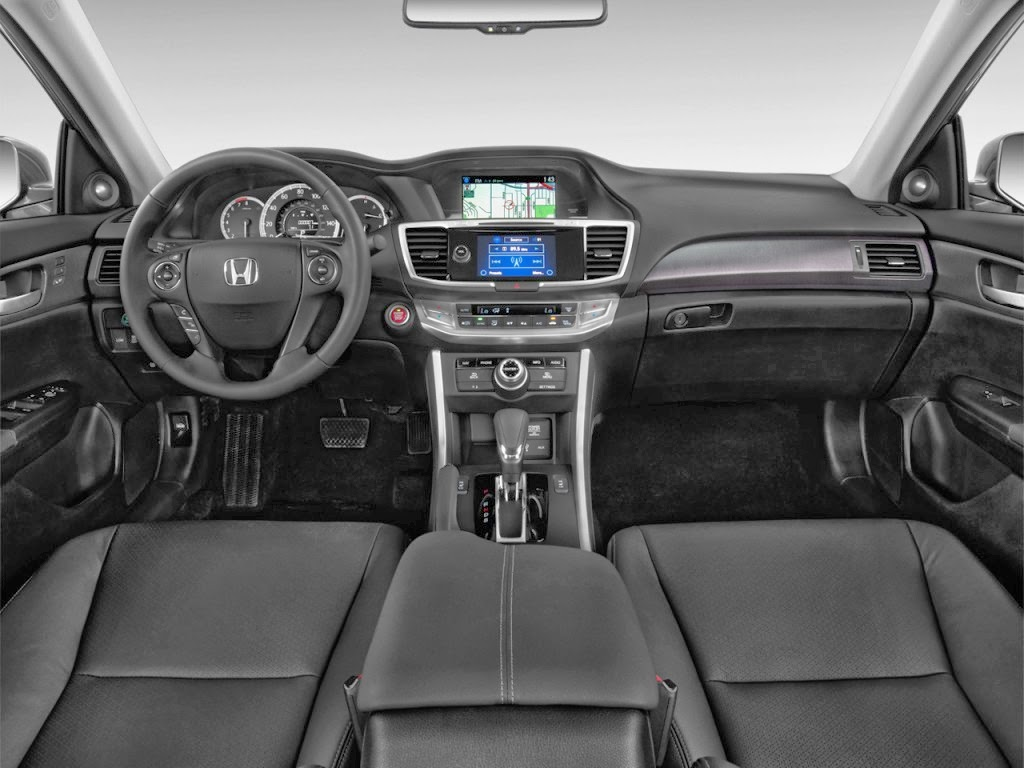 Interior view of 2014 Honda Accord EX-L