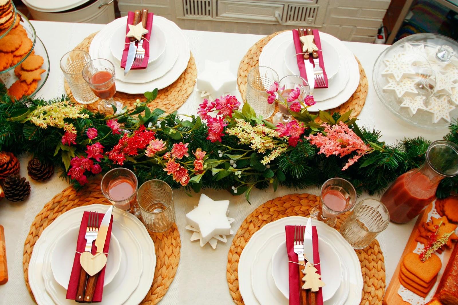 Decoración mesa navideña: decoración floral