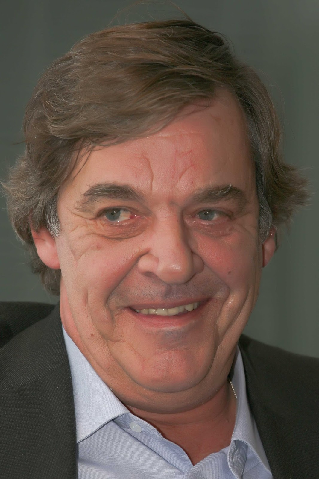 Miguel Sousa Tavares net worth