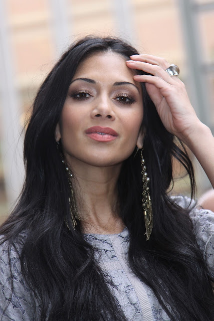 Nicole Scherzinger Fashionable Hairstyles Photos 16