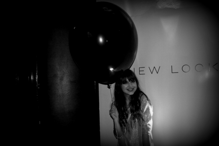 jasmin myberlinfashion party newlook baloon fun happy
