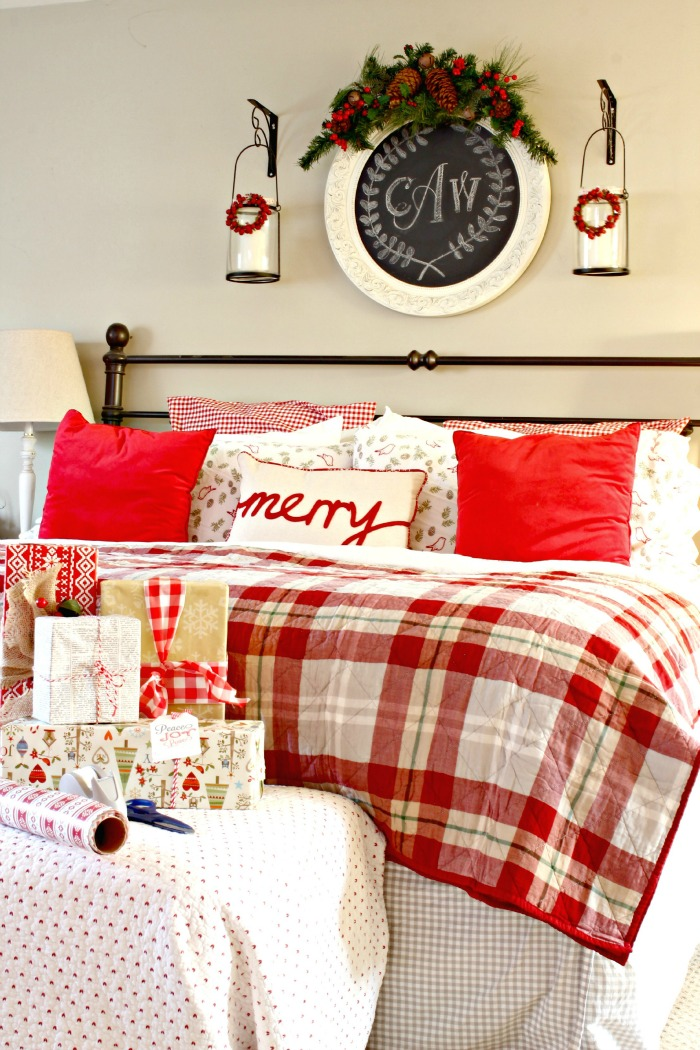 Golden boys and me holiday house walk 2015 Master bedroom with red bedding