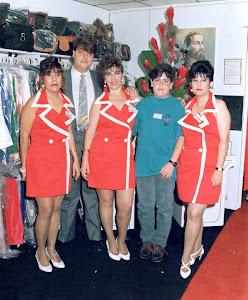 Loly Señaris Calviño con sus hijos.