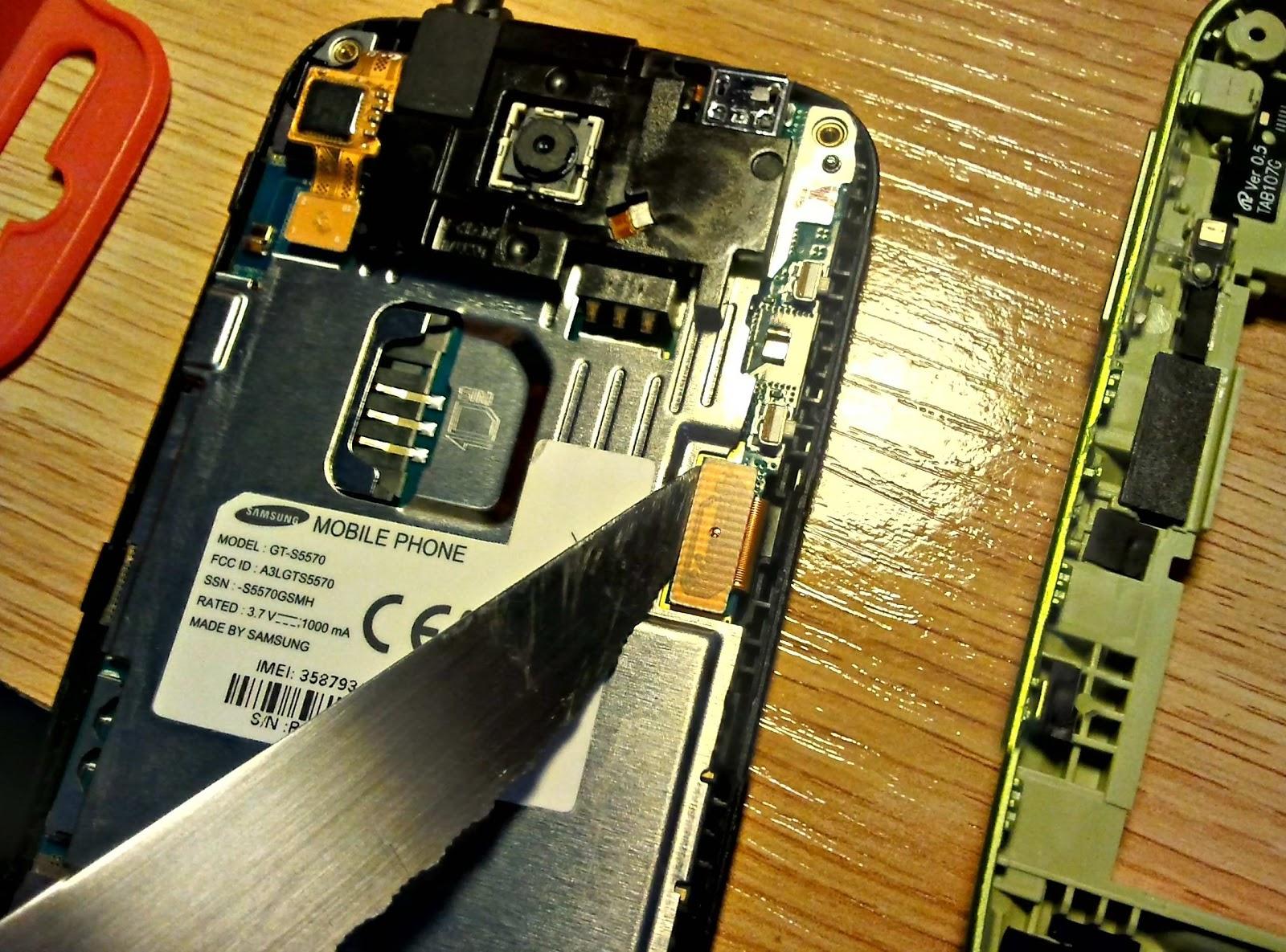 Samsung Galaxy S4 Reparacion de Pantalla LCD y Carcasa