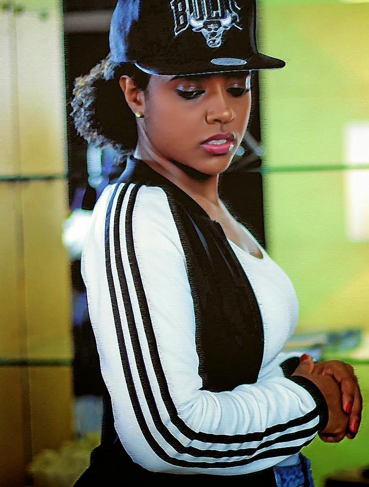 """Entrevista com a rapper angolana """"Eva Rapdiva"""""""