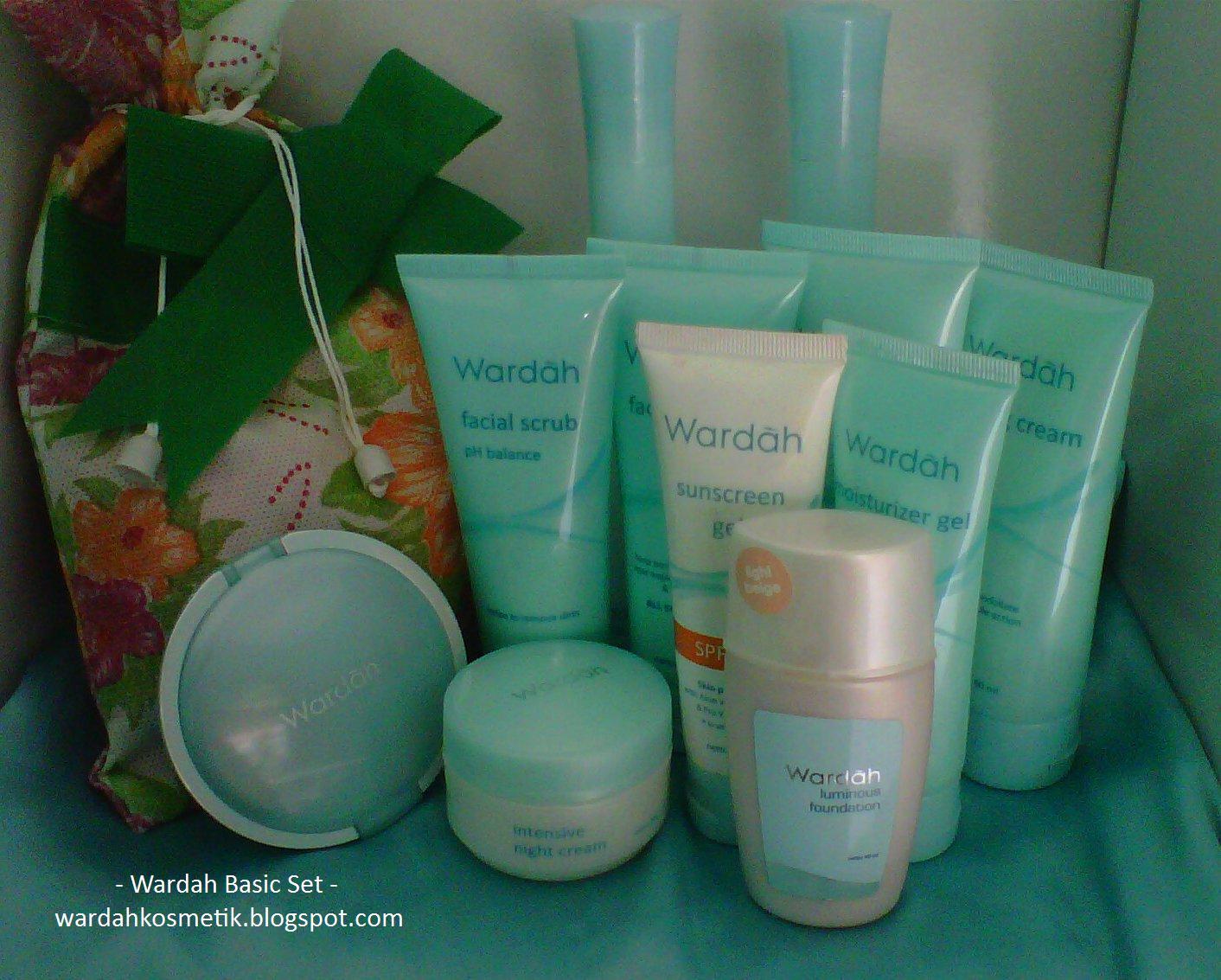 Wardah Kosmetik Paket Lightening Facial Mask 60ml 60 Ml 8 Body Lotion 150 9 Two Way Cake Light Feel 14 Gr Pilih Warna 01 Beige 02 Golden