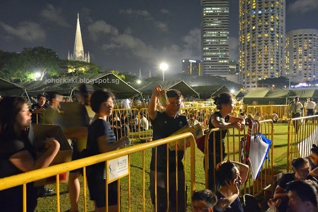 Paying-Last-Respects-Lee-Kuan-Yew-Parliament-House-Singapore
