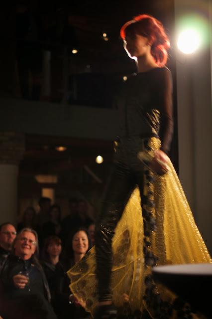 play, chic, fashion, show
