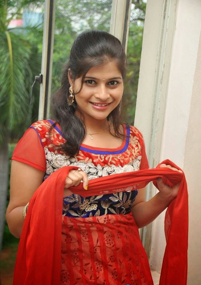Beauty Tamil Nadu Aunties, Girls: Tamil Nadu Hot Aunties