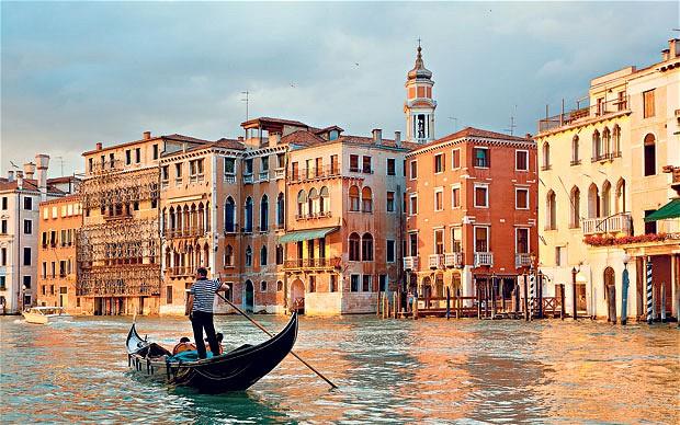 Гид в Венеции на русском языке — это увлекательные экскурсии по доступной цене