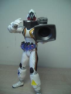 SH Figuarts Kamen Rider Fourze Module Set 01 Camera 01