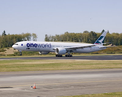 Cathay Pacific Boeing 777-300ER oneworld 10th anniversary special livery B-KPL
