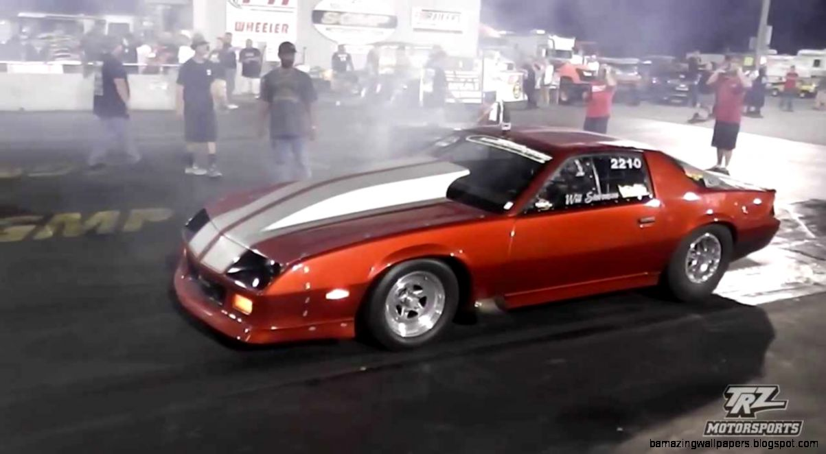 Will Stevensons 3rd Gen Camaro making a pass in Outlaw Drag