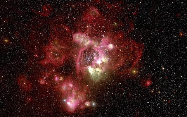 Fotos del Espacio Nebulosa Roja - Imagenes del Universo